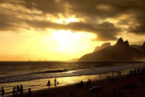 680-ipanema-beach-sunset-rio-de-janeiro-brazil-2-dec-14