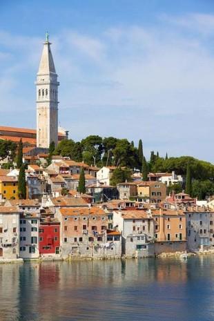 Top 8  destinatii insorite inca necunoscute din Europa