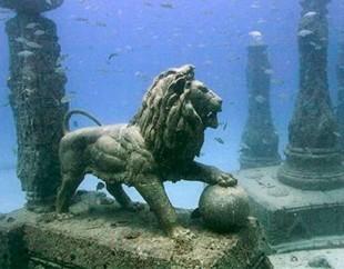 Topul minunilor submarine din intreaga lume