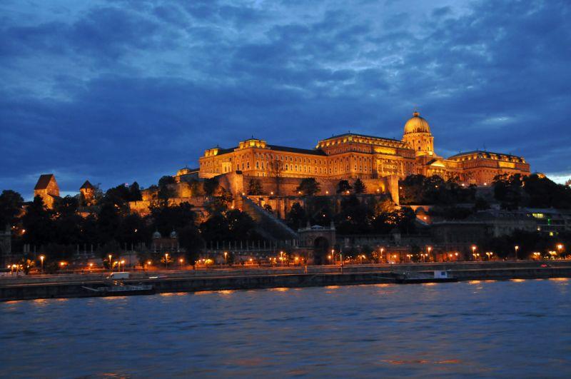 dealul-castelului-din-budapesta_3dyk