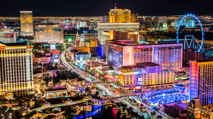 Las-Vegas-Strip-at-night-high-vantage-iStock_000082066557_Large-2-707x396