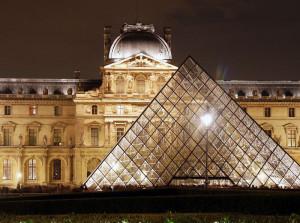 louvre_pyramide1